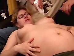 pregnant mom cum on glasses