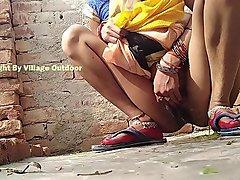 Desi Indian Bhabhi Pissing Outdoor Village Outdoor Videos