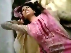 indian  girl  first time  wirh her friend   dard ho raha he  crying
