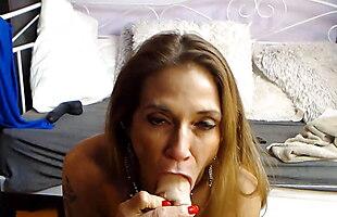 Bosomy Domina Melissa Johnson makes deep gagging