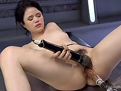 sex-hungry babe yhiviis testing crazy sex machine and vibrator