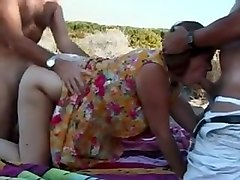hot britsh mature mum threesome