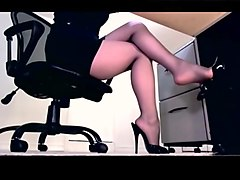 Compilation of secretary leg tease