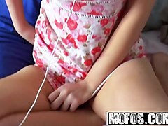 mofos - pervs on patrol - alana rains - caught in the act