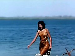 "Indian Actress Kitu Gidwani Topless In French Movie ""black"""
