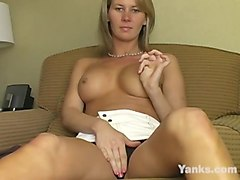 busty yanks milf  desiree jabiga masturbating