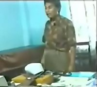 Indian doctore fuck in clinic