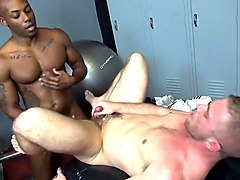 Bareback - gym breeding foursome
