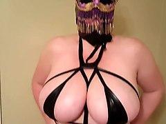 doxy Lateshay mardi gra mask outfit