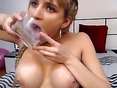 Web AngelKiuty model playing with her saliva