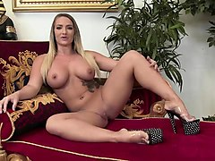 amy starz loves to get some dp
