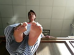 Russian milf dangle soles tease