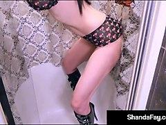 brunette housewife shanda fay blows a dick & gets her cum!