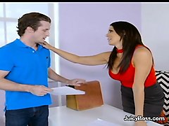 seductive boss reagan foxx blows new intern