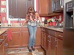 Big tits mature woman in tight blue jeans pants