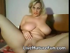 busty mature online
