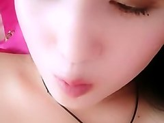 chinese teens live chat with mobile phone.83