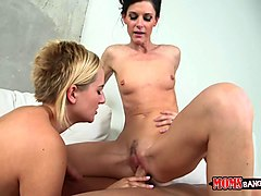 blond teen and hot stepmom shared a cock