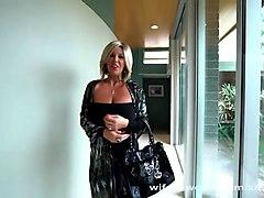wifey's slutty neighbor gets drilled for xmas