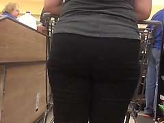 Thick pawg blonde big ass