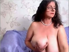 pale skinned granny showing her boobs and ass on webcam