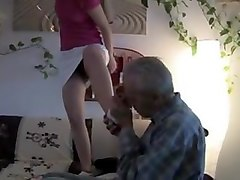 footing, young, piss, pissing, old guy